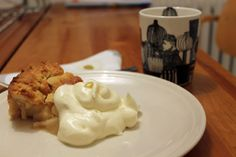 Apple pie with ginger and cider - Pelkkää valoa | Lily