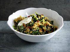 Spinat-Linsen Rezept - ist als Beilage genauso köstlich wie als vollwertiges Gericht - dann unbedingt mit einem Klecks Joghurt! #veggie #Linsen