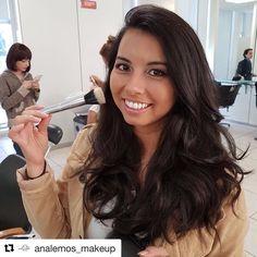 Aquele último lacre que dá um aperto no coração ������ Foi MARAVILHOSO!!!! . . . . . . #automaquiagem #maquiagem #makeup #tagsforlikes #nofilter #artvisual #mua #beauty #beleza #beautiful #senacmaquiagem #senac #like4like #follow4follow #insta #instastyle #maccosmetics #macrilan #lancome #vsco #vscocam #selfie http://ameritrustshield.com/ipost/1552425015561960248/?code=BWLUlOZADs4