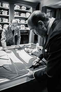 Top 10 International living tailors in the world