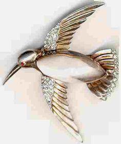 TrifariJellyBellyHummingbird