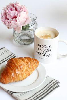 Croissant et café / Petit déjeuner / Breakfast / Success Is Not for the Lazy Coffee Break, Morning Coffee, Café Chocolate, Breakfast Desayunos, Breakfast Croissant, Coffee Cafe, C'est Bon, Recipe Of The Day, Food Photography
