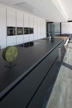 Interior F 150 - Luxery Houses Minimal Kitchen Design, Contemporary Kitchen Design, Interior Design Kitchen, Living Room Kitchen, Home Decor Kitchen, Kitchen Furniture, Furniture Stores, Black Kitchens, Luxury Kitchens
