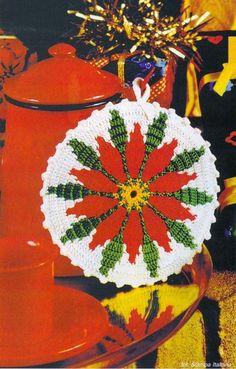 "FREE PATTERN ~ Crochet and arts: Potholder ""Christmas flower""."