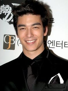 Half korean Dennis oh American Dad, Asian American, Male Models, Half Korean Half White, Dennis Oh, Ulzzang, Handsome Asian Men, Daniel Henney, Little Girls