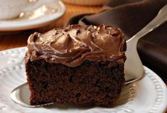 How to prepare Irresistible Chocolate Cake. Melt the chocolate with the butter in a water bath. Chocolate Coca Cola Cake, Buttermilk Chocolate Cake, Chocolate Brownies, Apple Brownies, Box Brownies, Fudge Cake, Chocolate Muffins, Food Cakes, Blueberry Zucchini Squares