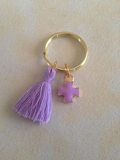 20 pcs Martyrika -Key chain - Baptism Favors-Baby shower favors-Birthday Favors-Pins-Fast Shipping