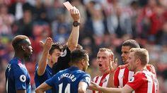 ĐIỂM NHẤN Sunderland 0-3 Man United: Ibra vẫn là cánh cửa hy vọng. Mourinho ưu tiên Europa League