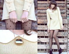 Romwe Yellow Sweater/Dress, American Apparel Black Heart Tights, Bc Footwear Black Heels, Vintage Gold Purse Necklace