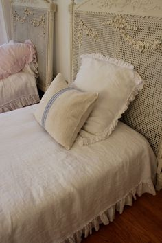 Beautiful linen bedding on etsy
