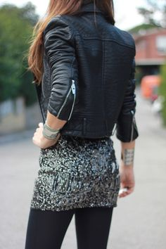 Ah-mazing cropped leather jacket. So hot!