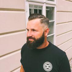 Like a King! #barber #barberlife #barbershop #barbergang #prague #the #king #barbershopconnect #barberconnection #class #dcshoesusa #dc #menstyle #mensworld #tattoo