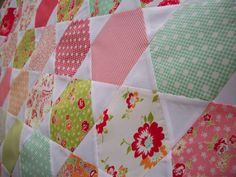 Between Christmas and New Year I pieced a Juggle quilt using Scrumptious by Bonnie and Camille. Hexagon Quilt, Christmas And New Year, Happy Friday, Lily, Quilts, Blanket, Honeycombs, Cloths, Boston
