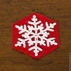 Новогодние подставки под бокалы со снежинками - Ярмарка Мастеров - ручная работа, handmade