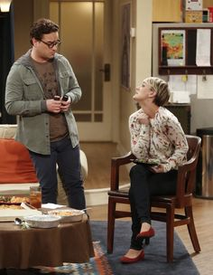 Sheldon and Penny will act on their long-submerged mutual attraction - sort of - when The Big Bang Theory season episode 16 airs tonight. Big Bang Theory Series, Big Bang Theory Penny, The Big Theory, Penny And Sheldon, Leonard And Penny, Barenaked Ladies, Johnny Galecki, Great Comedies, Season 8