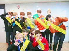 Golden child vlive today