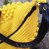 Min solstråle  #bobletaske . . . . . #hækl #hygge #hækling #hæklet #hæklenål #craft #crochet #crochetgear #crochetgeek #crochetlover #crochetaddict #crochetoninsta #yarn #yarnporn #yarngeek #yarnlover #yarnaddict #yarnforever #zigzag #garn #garnelsker #crochetoninsta #crochetfaster #crochetterofinstagram #crochetofinstagram #hækler #kreamania