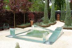 fontaine-extérieure-jardin-design-moderne-verre-forme