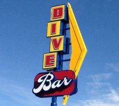 The Dive Bar in Lakewood Colorado offers a great atmosphere, live music and good food - Image by: thedivebardenver.com