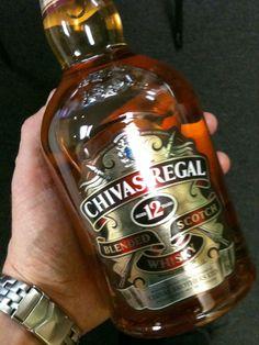 Chivas Regal Scotch Beer Bottle, Whiskey Bottle, Wine Bottles, Black Walnut Tree, Scotch Whiskey, Infused Water, Root Beer, Wine Recipes, Bourbon