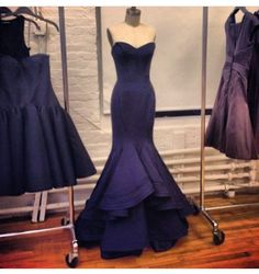 Gorgeous Zac Posen modern mermaid  evening gown