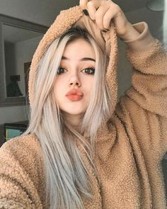 A beautiful person, Unlike me. - A beautiful person, Unlike me. Girl Photo Poses, Girl Photography Poses, Fashion Photography, Cute Baby Girl Pictures, Girl Photos, Model Tips, Stylish Girl Pic, Beautiful Person, Aesthetic Girl