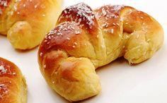 Cornetto.  (Croissant).