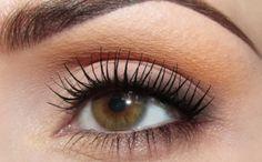 Make-up: tamed orange