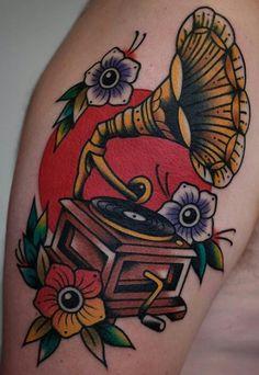 Old Tattoos, Music Tattoos, Body Art Tattoos, Sleeve Tattoos, Record Player Tattoo, Gramophone Tattoo, Witchcraft Tattoos, Tattoo Fixes, Vintage Style Tattoos