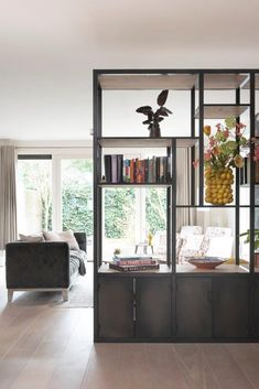 Stalen Roomdivider - Lilly is Love Glass Room Divider, Living Room Divider, Room Dividers, Style At Home, Loft Stil, Room Interior, Interior Design, Rustic Room, Home Furniture