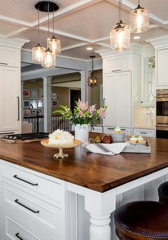 "Large Kitchen Cabinet Layout Ideas - ""Kitchen Lighting"" Glass Chandelier from West Elm) Large Kitchen Cabinets, Kitchen Cabinet Layout, Kitchen Redo, New Kitchen, Awesome Kitchen, Beautiful Kitchen, Kitchen Ideas, White Cabinets, Kitchen Island Butcher Block"