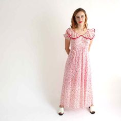 Hey, I found this really awesome Etsy listing at https://www.etsy.com/listing/196700276/1960s-maxi-dress-empire-waist-dress