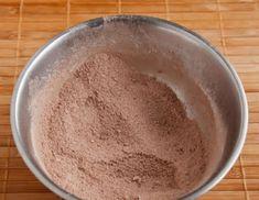 Ínycsiklandó csokoládétorta (sütés nélkül) – könnyen elkészíthető és hihetetlenül finom! - Ez Szuper Biscuit, Pudding, Desserts, Food, Minden, Caramel, Tailgate Desserts, Puddings, Dessert