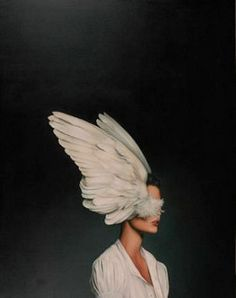 Amy Judd - Art - Peinture - Portrait - Animaux - Girls and birds Inspiration Art, Art Inspo, Creative Inspiration, Art Du Monde, Art Photography, Fashion Photography, Feather Photography, Foto Fashion, Woman Fashion
