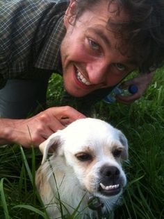 I love this picture.  So much.  Hugh Dancy's Dog - Ennvy.com
