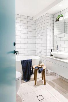 HBOND-jun17-bathroom