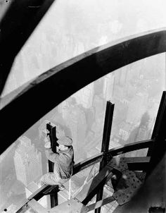 Empire State Building, Lewis Hine