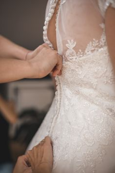 Romantic Nature, Lace Wedding, Wedding Dresses, Grafik Design, Photo S, Bride Groom, Weddingideas, Family Photos, Wedding Photos