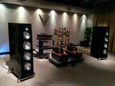 Zellation Reference Speakers driven by Kondo Kagura monoblocks and Triangle Art Ultimate LE turntable