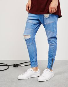 'Arc Fit' jeans. Discover this and many more items in Bershka with new products every week