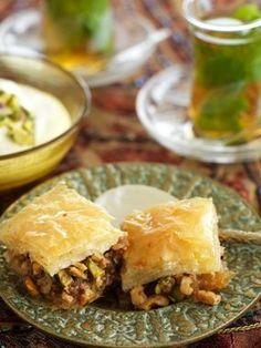Turkish Baklava with Walnut and Pistachio   world kitchen