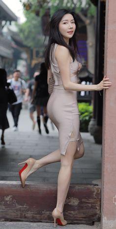 Best 12 Womens High Waist Fitness Leggings Woman Workout Push Up Legging Blood marble pattern prints Bodybuilding Jeggings Women Pants Asian Fashion, Girl Fashion, Fit Women, Sexy Women, Cute Asian Girls, Beautiful Asian Women, Sexy Legs, Sexy Outfits, Asian Woman