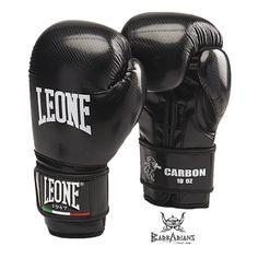 """Gants de boxe Leone 1947 """" Carbon """" Noir http://www.barbariansfightwear.com/fr/gants-de-boxe-/475-gants-de-boxe-leone-1947-carbon-noir.html"""