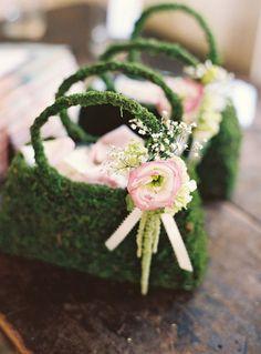 10 Unique & Creative Bridesmaid Bouquet Alternatives - Bag Bouquet