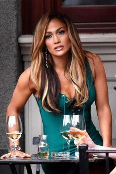 J Lo Fashion, Jennifer Lopez Photos, Jennifer Lopez Hair Color, Sensual, Gorgeous Women, Beautiful, Marie, Celebrity Style, Sexy Women