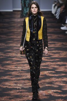 Etro Fall 2016 Ready-to-Wear Fashion Show  http://www.theclosetfeminist.ca/  http://www.vogue.com/fashion-shows/fall-2016-ready-to-wear/etro/slideshow/collection#45