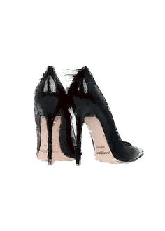 Print with a fashion illustration of black pumps.