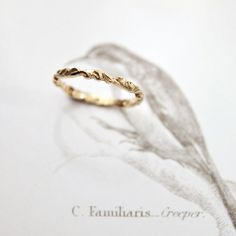 want this SO BAD as my wedding band