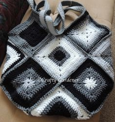 Monochrome Granny Squares Bag made by Crafty Gardener and linking to the pattern used (Inga's crocheted bag.)