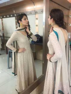 Mahira Khan added a new photo. Indian Wedding Outfits, Pakistani Outfits, Indian Outfits, Mahira Khan Dresses, Designer Anarkali Dresses, Georgette Dresses, Indian Designer Suits, Indian Gowns Dresses, Desi Clothes